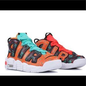 Nike Uptempo's Orange 7Y